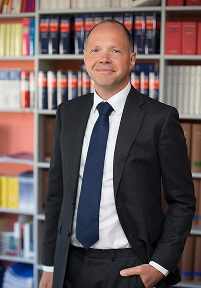 Dr. Stephan Heinze, LL.M.oec.